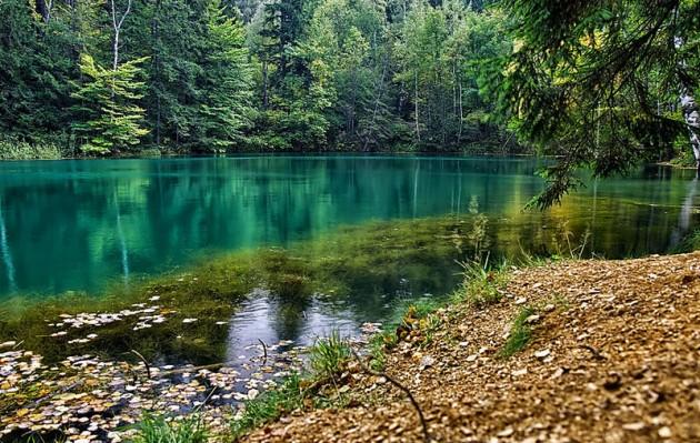 Цветные озёра в Рудавском национальном парке