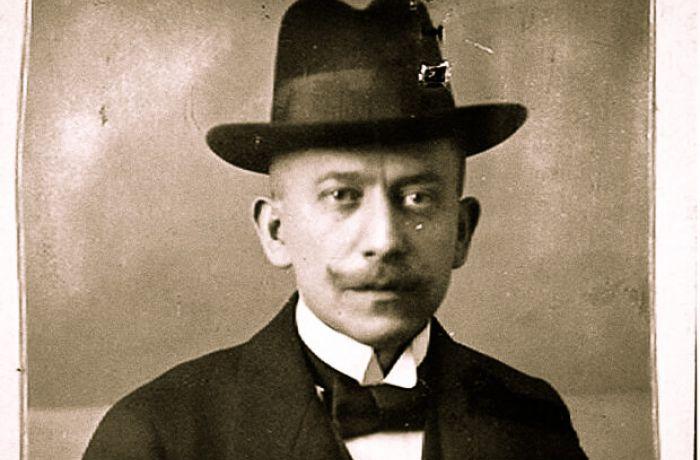 Юлиус Фромм, изобретатель современных бесшовных презервативов