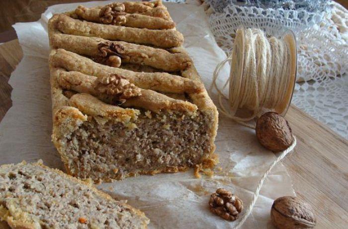 Домашний паштет в ореховом тесте