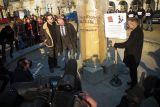В 2011 году городской фонтан стал на время своеобразным памятником Юлиусу Фромму и его изобретению