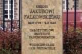 Фактическим создателем и организатором Института был ксёндз Якуб Фальковский